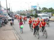 Đạp xe diễu hành chào mừng Chương trình Nhận diện hàng Việt Nam 2017