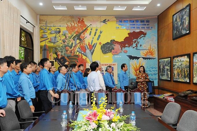 cong doan cong thuong viet nam dang huong tuong niem dong chi nguyen duc canh