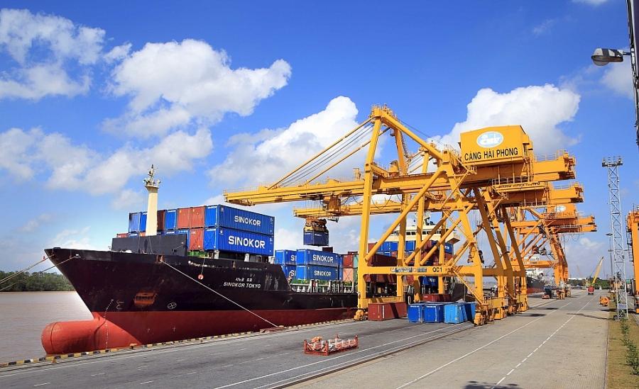 Xuất nhập khẩu khả quan, xuất siêu 100 triệu USD trong tháng 1