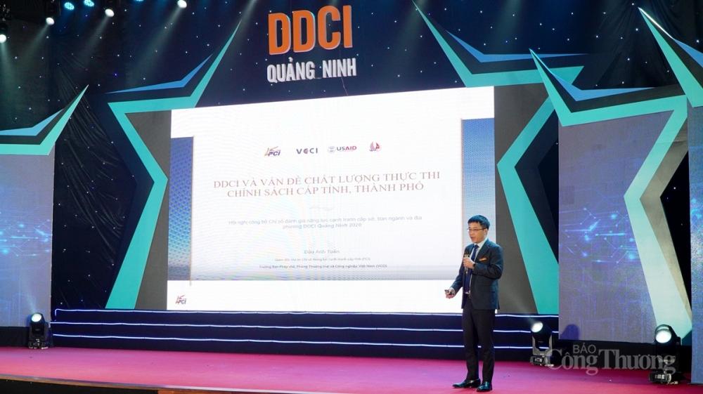 Ông Đậu Anh Tuấn, Trưởng ban Pháp chế VCCI trình bày tham luận về DDCI và sự cải thiện bền vững PCI trong trạng thái bình thường mới
