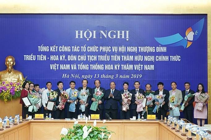 thu tuong du hoi nghi tong ket cong tac to chuc phuc vu hoi nghi thuong dinh hoa ky trieu tien 116932