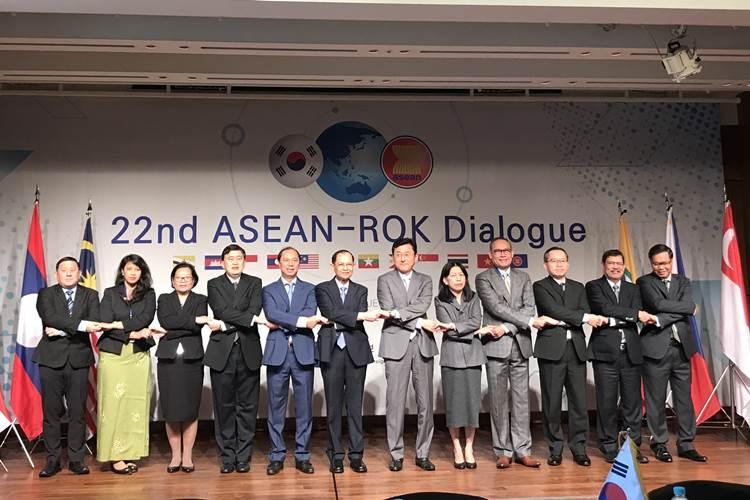 Việt Nam dự Đối thoại ASEAN – Hàn Quốc lần 22