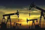 Giá dầu thế giới tăng cao nhất trong 2 tháng