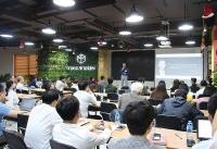 hon 90 startup dia phuong di theo mo hinh kinh doanh truyen thong