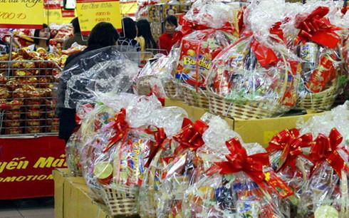 Dòng sản phẩm dùng làm quà biếu, tặng được các nhà sản xuất đầu tư nên không thua kém hàng nhập ngoại.