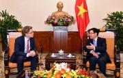 Phó Thủ tướng Phạm Bình Minh tiếp Đại sứ Thụy Điển