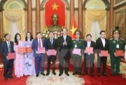 Chủ tịch nước Trần Đại Quang gặp mặt 115 đại biểu 'Doanh nghiệp hội nhập và phát triển'