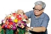 """Lá, hoa """"bất tử"""" cùng nghệ nhân Nguyễn Bá Mưu"""