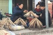 Nón lá làng Chuông: Bền bỉ sức sống