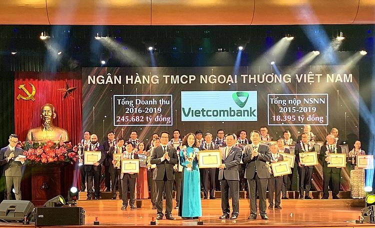 Vietcombank được vinh doanh đơn vị nộp Ngân sách lớn nhất cả nước năm 2020