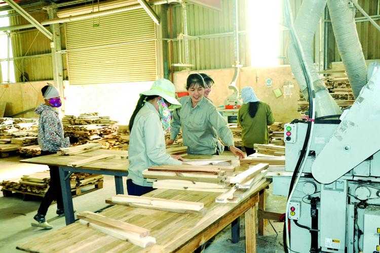 Xuất khẩu gỗ 2017: Hai giải pháp cho mục tiêu 7,5 tỷ USD