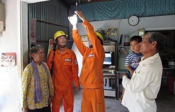 hau giang no luc phu kin dien vung sau vung xa