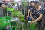 Tẩy chay thực phẩm bẩn: Doanh nghiệp hào hứng, người dùng thờ ơ