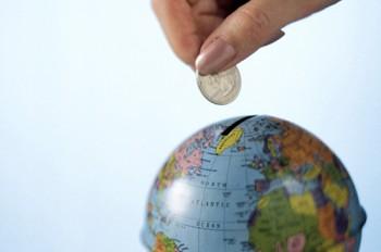 """Đầu tư ra nước ngoài: """"Bệ phóng"""" và sự """"bùng nổ"""""""