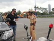 Đề xuất quy định về cấp, sử dụng giấy phép lái xe quốc tế