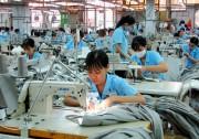 Lao động đối diện rủi ro mất việc làm