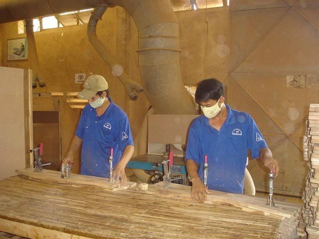 Chế biến đồ gỗ XK