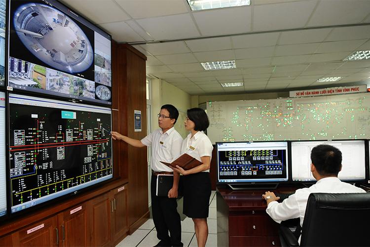 Ngành điện: Tiên phong ứng dụng khoa học – công nghệ