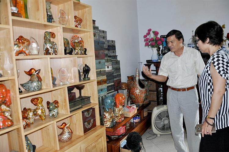 http://baocongthuong.com.vn/stores/news_dataimages/thanhhuong/042018/10/15/e984c9cca74fbf5d4347cb6deaabb67e_tp.jpg