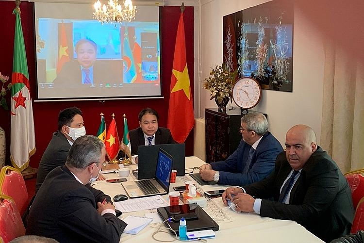 HỘI NHẬP Tăng cường hợp tác thương mại và đầu tư Việt Nam – Algeria – Senegal