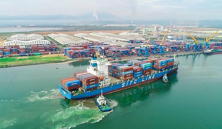 9. Hiện nay, THILOGI đang hợp tác với nhiều hãng tàu quốc tế như SITC, ZIM, COSCO, CMA CGM,... thông qua cảng Chu Lai kết nối các tuyến hàng hải quốc tế..jpg
