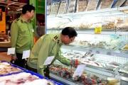 Quản lý thị trường Quảng Ninh: Mạnh tay dẹp thực phẩm bẩn