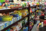 Thị trường đồ chơi ngày Quốc tế Thiếu nhi: Hàng nội lên ngôi