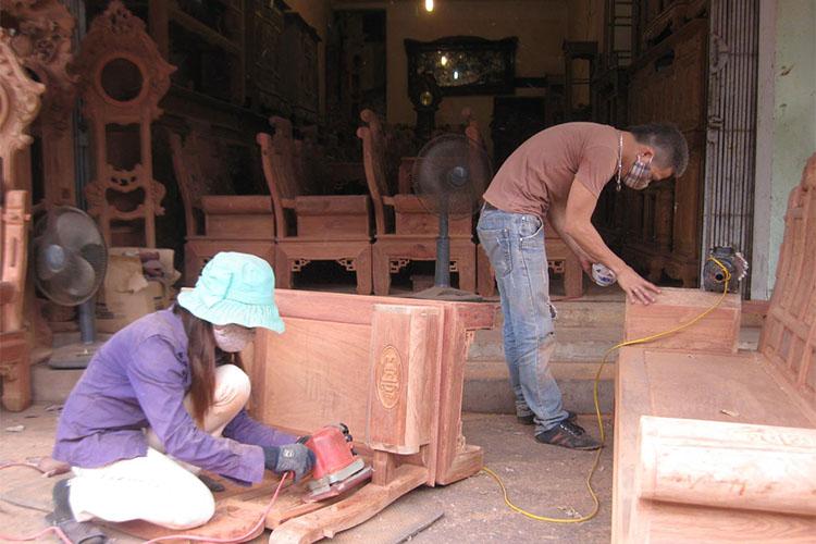 Minh bạch nguồn gốc nguyên liệu: Thách thức lớn với làng nghề gỗ