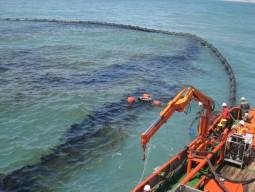 Trình tự việc khắc phục sự cố tràn dầu trên biển