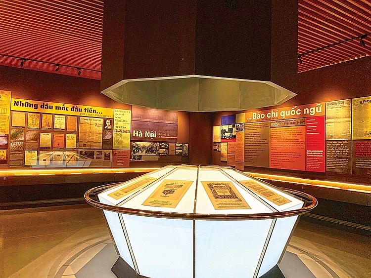 Lưu giữ lịch sử qua từng trang báo