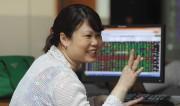 Thị trường chứng khoán tháng 7: Đà tăng dựa vào nội lực