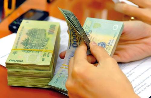 Lương công chức được tăng thêm 90.000 đồng/tháng