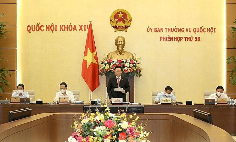 Chủ tịch Quốc hội Vương Đình Huệ phát biểu khai mạc phiên họp thứ 58 của UBTVQH