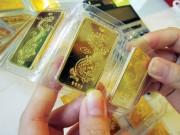 Vàng SJC đắt hơn giá thế giới gần 1 triệu đồng/lượng