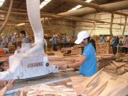 Nâng chất đồ gỗ Việt