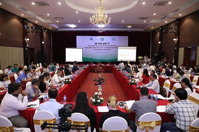 Nhiều chuyên gia quốc tế tới Việt Nam tìm hiểu giải pháp phòng trừ sâu keo mùa thu hiệu quả - Ảnh 1