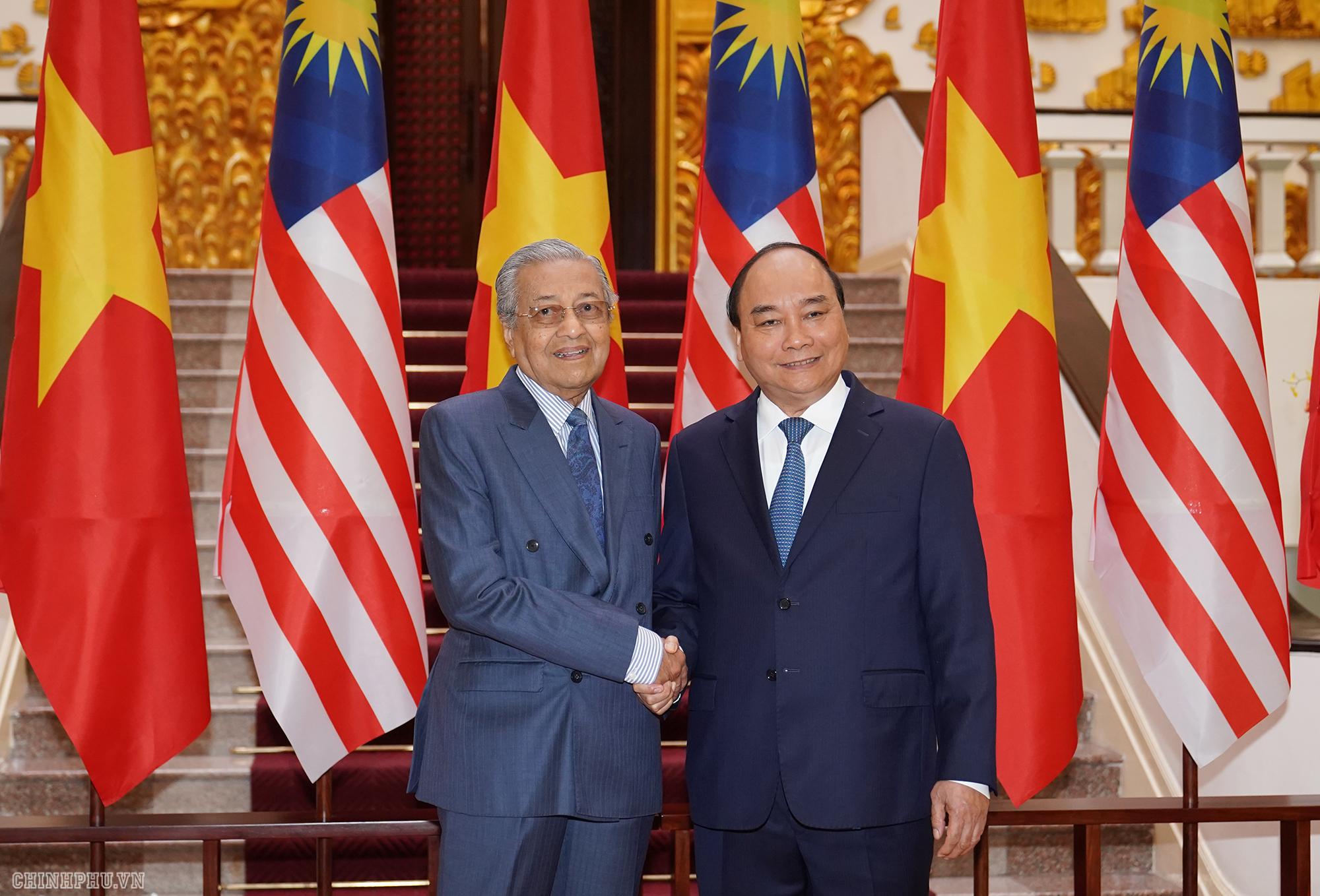 thu tuong nguyen xuan phuc don hoi dam voi thu tuong malaysia