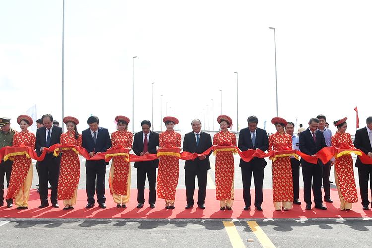 Kết quả hình ảnh cho lễ khánh thành dự án đường oto tân vũ lạch huyện