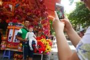 Đồ chơi Trung thu 'made in Việt Nam' lên ngôi ở phố Hàng Mã