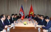 Thủ tướng Chính phủ Nguyễn Xuân Phúc gặp Thủ tướng Vương quốc Campuchia