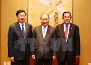 Thủ tướng làm việc với Thủ tướng Lào và Campuchia bên lề ASEAN 31
