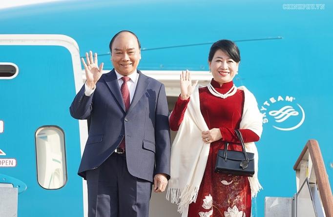 le don chinh thuc thu tuong nguyen xuan phuc tai thu do seoul han quoc