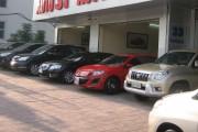 Né thuế, ôtô giảm giá sâu