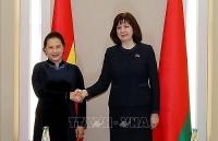 chu tich quoc hoi hoi dam voi lanh dao thuong vien ha vien belarus