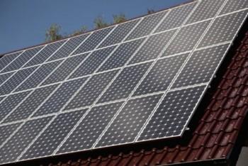Tấm pin năng lượng mặt trời nhập khẩu vào Mỹ có thể bị điều tra