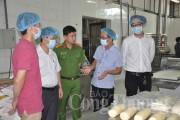 Ráo riết kiểm tra VSATTP mùa Trung thu tại Nghệ An - Thanh Hóa