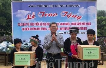 cong doan van phong bo cong thuong chia se kho khan voi hoc sinh vung cao