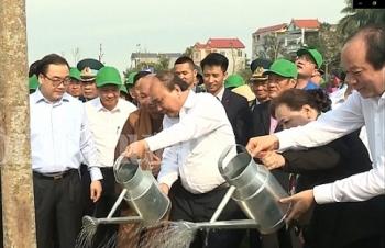 thu tuong phat dong tet trong cay doi doi nho on bac ho