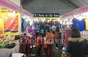 Xử phạt nhiều quầy bán hàng kém chất lượng tại Lễ hội hoa Anh đào - Mai vàng Yên Tử