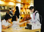 Cùng Trung Nguyên Legend tặng sách quý đổi đời